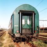 Bc, 60 54 29-48 025-0, pův. 51 54 59-80 084, Pardubice hl.n., 12.09.2002, foto M. Petrskovský, scan