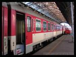 Bmeer 61 56 21-70 075-1, ZSSK, DKV Bratislava, pohled na vůz, Praha hl.n., 31.01.2013