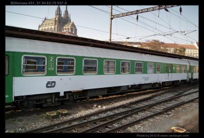 BDhmsee 451, 50 54 82-78 037-4 DKV Plzeň,, 13.11.2011, Brno Hl.n., pohled na vůz