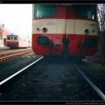 020 004-8, po vykolejení, Jeseník 03.04.2005, scan starší fotografie, čelo vozu