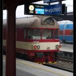 ABfbrdtn 795, 50 54 80-29 211-7, DKV Čes. Třebová, 14.11.2011, Kolín, čelo vozu