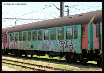 Bt 50 56 21-19 296-0 ZSSK - odstaven jako neprovozní, Nové-Zámky, 24.07.2013